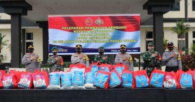 PPKM Diperketat, Polres PPU Salurkan Sembako Ke Masyarakat Tedampak Covid-19