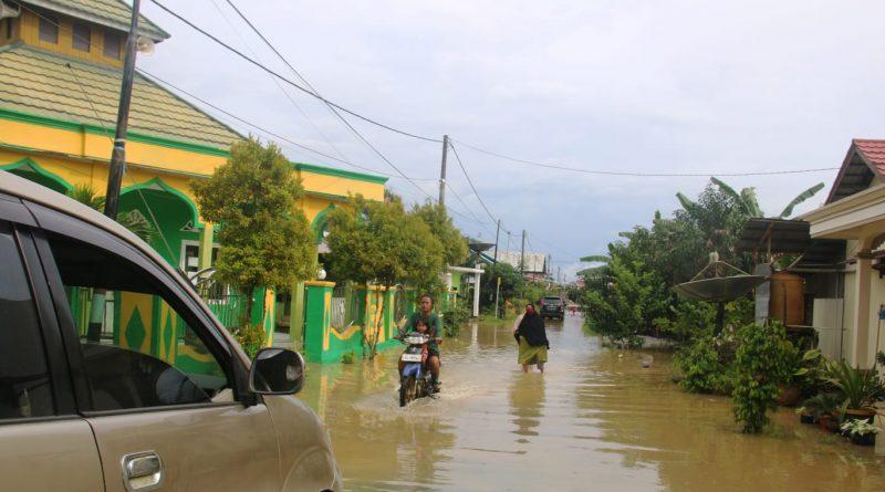 Pasang Air Laut Genangi Pemukiman, Warga Diminta Waspada